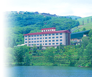 信州 白樺湖 花の館 亀屋ホテル 亀屋ホテルのご案内
